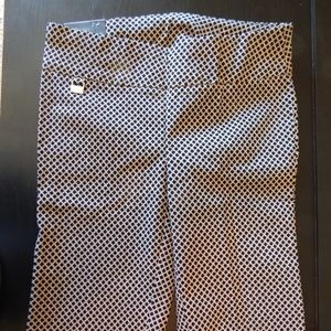 Rafaella Size 6 Pull On Stretch Comfort Shorts NWT